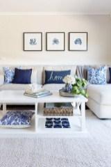 Elegant Coastal Themes For Your Living Room Design 23