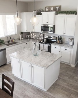Inspiring Famhouse Kitchen Design Ideas 15