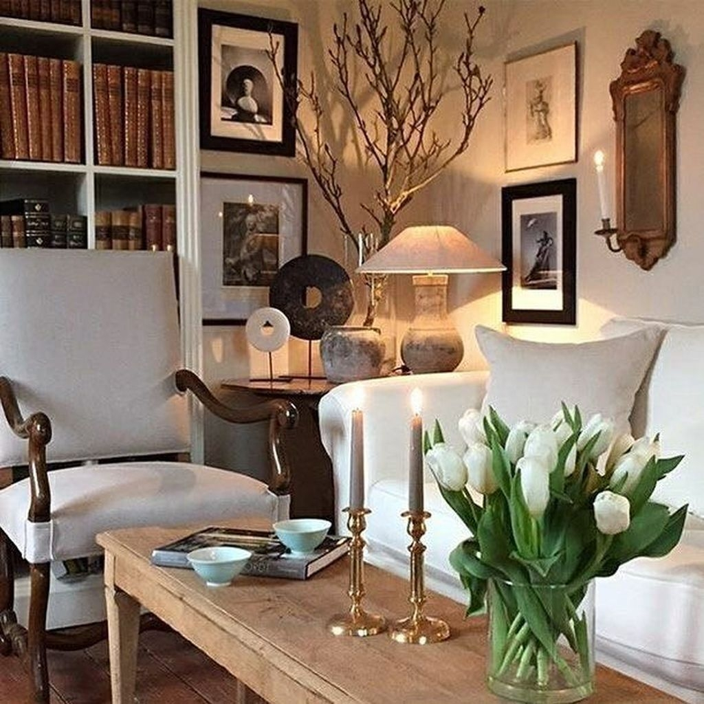 Luxurious Living Room Design To Make Your Home Look Fabulous 41