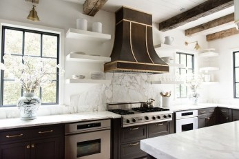 Awesome Kitchen Design Ideas To Cooking In Summer 05