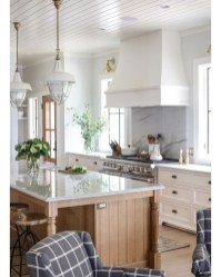 Awesome Kitchen Design Ideas To Cooking In Summer 30