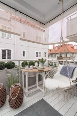Best Ideas To Change Your Balcony Decor Into A Romantic Design 09