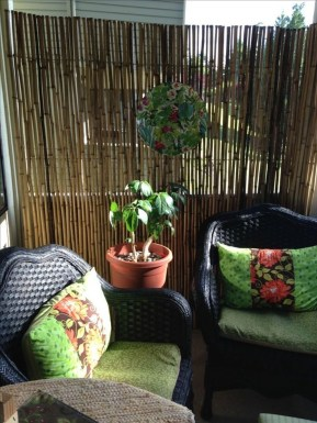 Best Ideas To Change Your Balcony Decor Into A Romantic Design 16