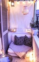 Best Ideas To Change Your Balcony Decor Into A Romantic Design 31