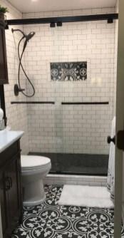 Brilliant Bathroom Design Ideas For Small Space 06