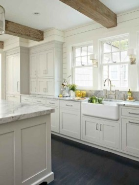 Fantastic Farmhouse Kitchen Cabinets Ideas For Home 26
