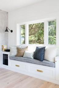 Inspiring Reading Room Decoration Ideas To Make You Cozy 10
