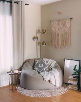 Inspiring Reading Room Decoration Ideas To Make You Cozy 31