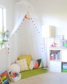 Inspiring Reading Room Decoration Ideas To Make You Cozy 35