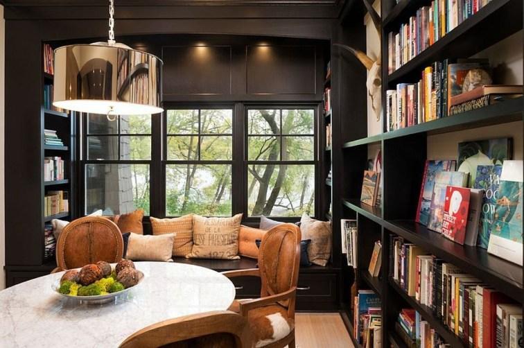 Inspiring Reading Room Decoration Ideas To Make You Cozy 44