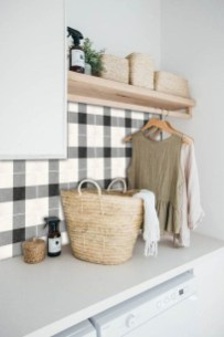 Minimalist And Small Laundry Room Ideas For Small Space 32