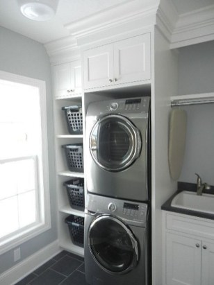 Minimalist And Small Laundry Room Ideas For Small Space 42
