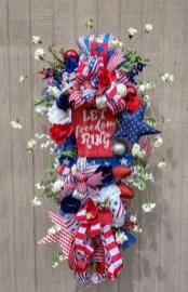 Pratiotic Handmade 4th Of July Wreath Ideas 30