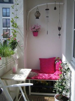 Stunning Balcony Decoration Ideas With Seating Areas 06