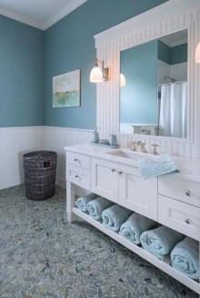 Stylish Coastal Bathroom Remodel Design Ideas 04