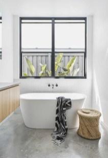 Stylish Coastal Bathroom Remodel Design Ideas 48