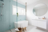 Stylish Coastal Bathroom Remodel Design Ideas 50