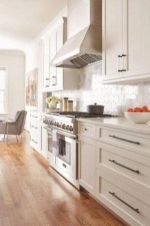 Astonishing Kitchen Remodeling Ideas On A Budget 11