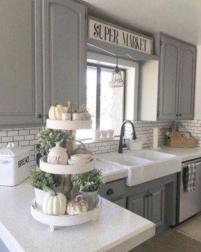 Astonishing Kitchen Remodeling Ideas On A Budget 52