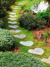 Awesome Small Garden Ideas With Stone Path 38