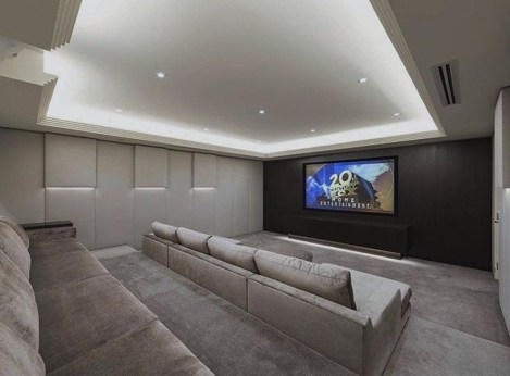 Best Small Movie Room Design For Your Happiness Family 24