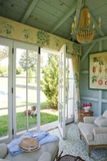 Classy Summer House Ideas For Home Interior 43