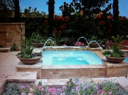 Innovative Small Swimming Pool For Your Small Backyard 18