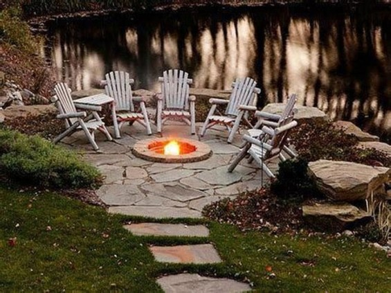 Marvelous Outdoor Fire Pit Ideas To Enjoying This Summer 18