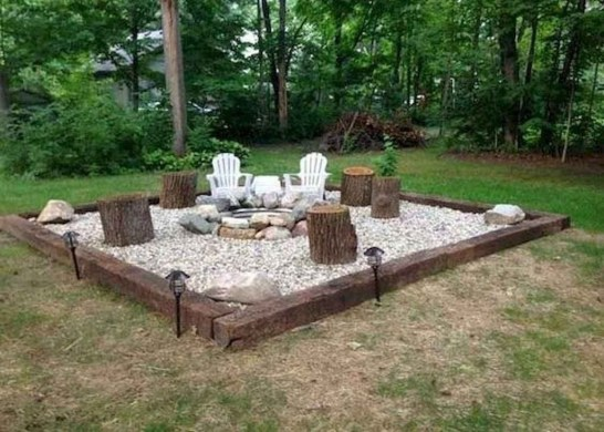 Marvelous Outdoor Fire Pit Ideas To Enjoying This Summer 25