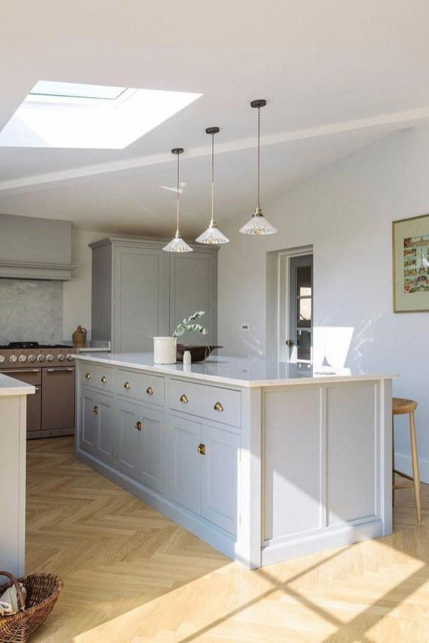 Stunning Wood Floor Ideas To Beautify Your Kitchen Room 18