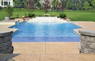 The Best Swimming Pool Design Ideas For Summer Time 16