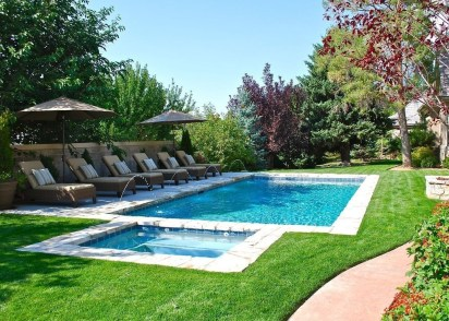 The Best Swimming Pool Design Ideas For Summer Time 23
