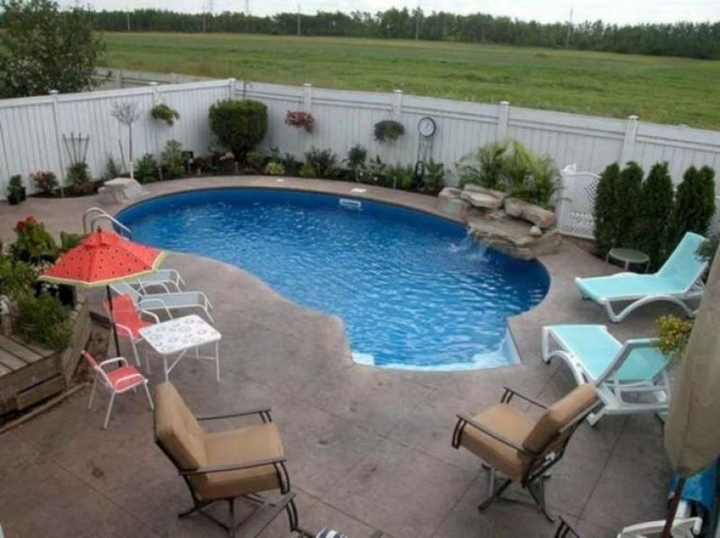 The Best Swimming Pool Design Ideas For Summer Time 38