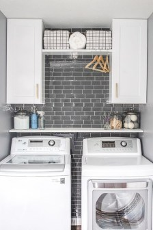 Wonderful Laundry Room Decorating Ideas For Small Space 02
