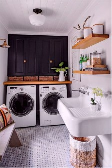 Wonderful Laundry Room Decorating Ideas For Small Space 04