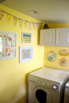 Wonderful Laundry Room Decorating Ideas For Small Space 05