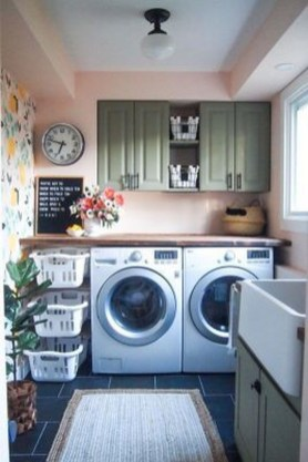 Wonderful Laundry Room Decorating Ideas For Small Space 09