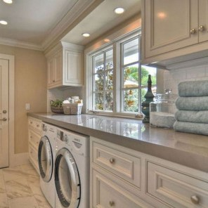 Wonderful Laundry Room Decorating Ideas For Small Space 31
