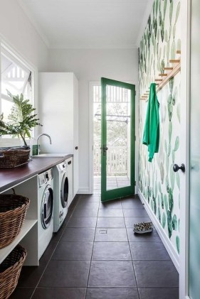 Wonderful Laundry Room Decorating Ideas For Small Space 36
