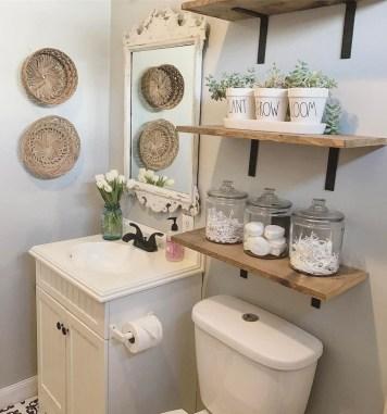 Amazing Bathroom Decor Ideas With Farmhouse Style 16