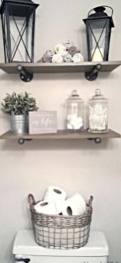 Amazing Bathroom Decor Ideas With Farmhouse Style 18