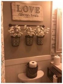Amazing Bathroom Decor Ideas With Farmhouse Style 19