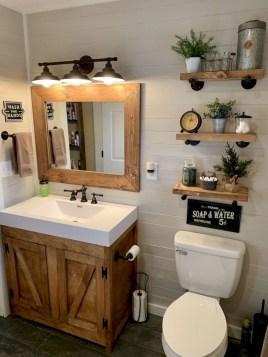 Amazing Bathroom Decor Ideas With Farmhouse Style 27