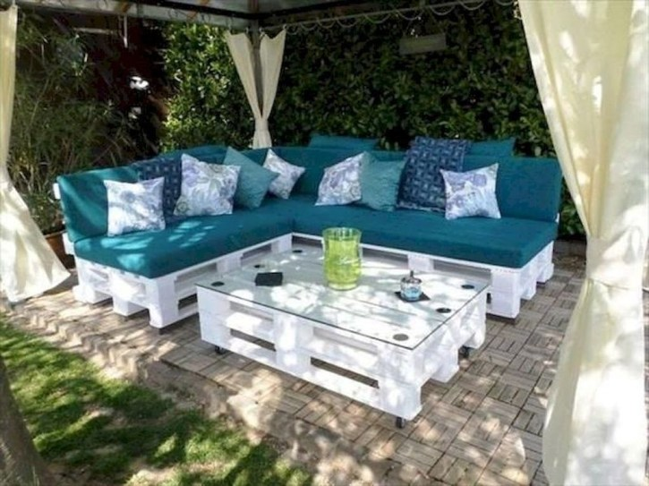 Best DIY Outdoor Furniture Ideas You Can Put In Garden 39