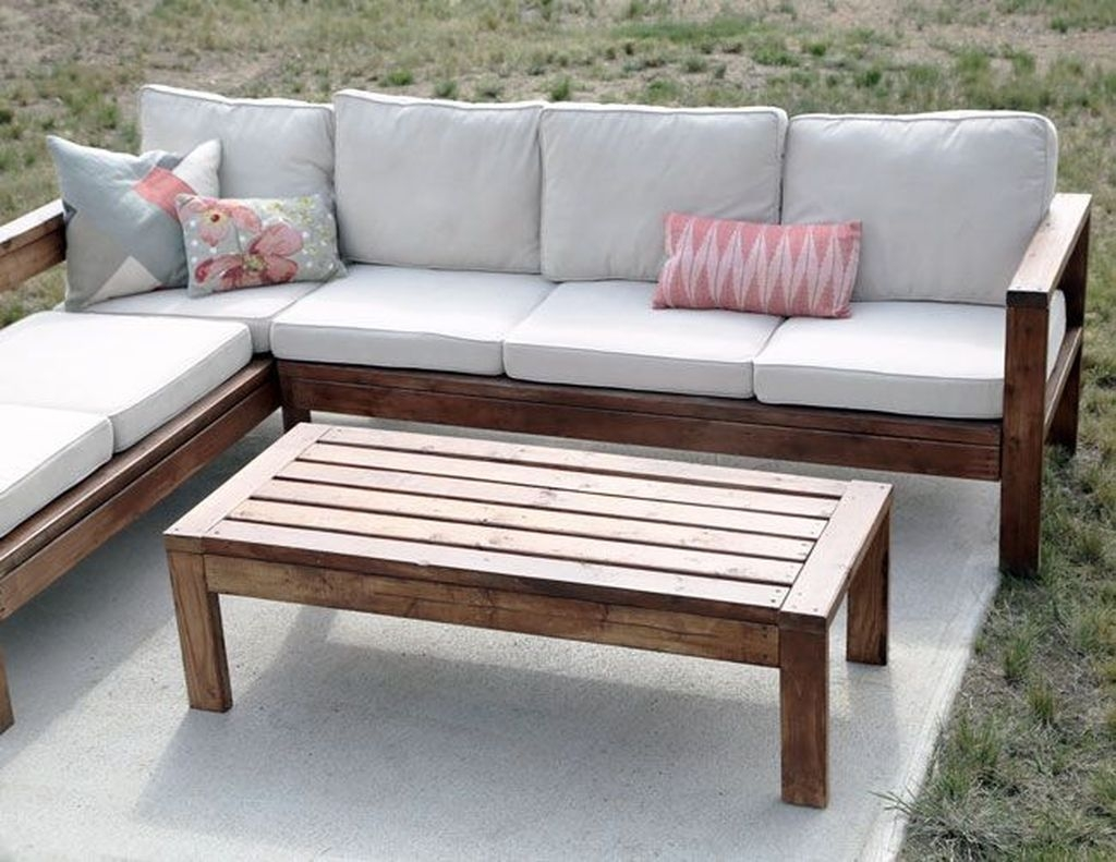 Best DIY Outdoor Furniture Ideas You Can Put In Garden 51