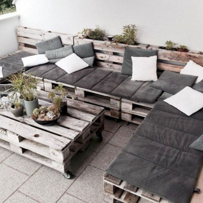 Best DIY Outdoor Furniture Ideas You Can Put In Garden 52