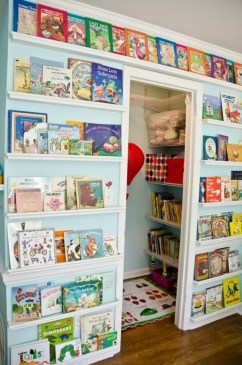 Brilliant Toy Storage Ideas For Small Space 40