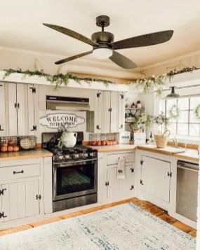 Fabulous Rustic Kitchen Decoration Ideas 27