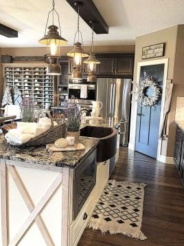 Fabulous Rustic Kitchen Decoration Ideas 28
