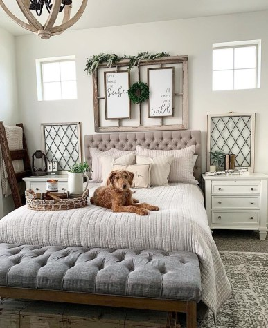 Gorgeous Farmhouse Bedroom Remodel Ideas On A Budget 17